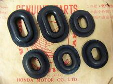 Honda CB 750 Four K0 K1 K2 - K6 Haltegummi Set für Seitendeckel Variante 2