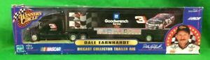 Dale Earnhardt Goodwrench 2000 Transporter Winners Circle 1:64 NEW IN BOX!