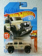 2017 Hot Wheels '15 LAND ROVER DEFENDER DOUBLE CAB #31