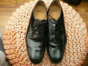 CLARKS MENS BLACK ALL LEATHER SHOES SIZE 9.5 G IMMACULATE 156-22