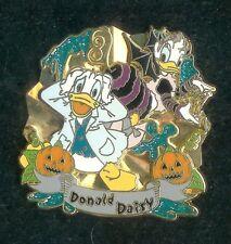 21894bffb88 2009 HALLOWEEN DISNEY STORE JAPAN DONALD AND DAISY DUCK LE 1000 DISNEY PIN