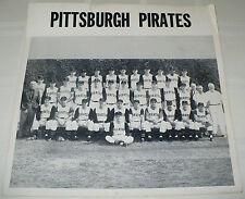 ANTIQUE ORIGINAL PHOTO PITTSBURGH PIRATES BASEBALL TEAM PHOTO 1958 ?