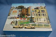 "KIBRI 8364 City Houses set ""Europaplatz""   Un-build KIT HO"