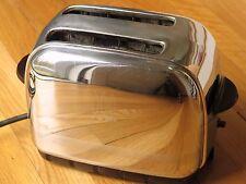 Vintage Toastmaster 2-Slice Pop-Up Toaster Model 1B9 – Chrome, Bakelite – Works!