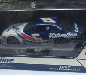 Revell Mark Martin #6 Valvoline Model 1997 Ford Thunderbird 1:43 Roush Nascar
