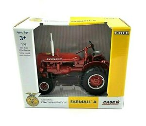 ERTL Case IH Agriculture Farmall A Red Tractor 1:16 scale