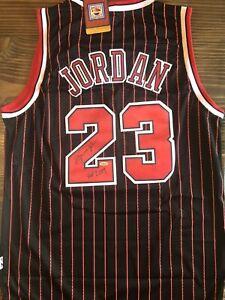 """Michael Jordan Signed Jersey """"HOF 2009"""" (COA)"""
