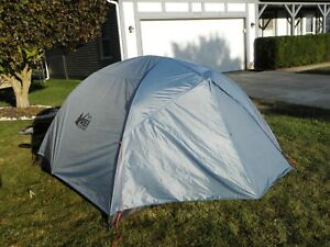 REI Half Dome SL3+, Backpacking, EUC!
