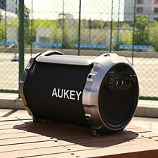 21W  Outdoor Lautsprecher Tragbar  FM Radio,AUX in Mikrofon mit aku von aukey