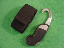 EMERGENCY SEAT BELT CUTTER No.14890 WITH BELT POUCH