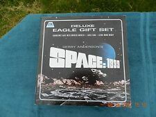 Space 1999 > Product Enterprise 2006 Deluxe Eagle Gift Set > MLC EXTREMELY RARE