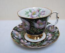 """Royal Albert Chine duo de tasse à thé & soucoupe """"Prairie Crocus's provincial Flowers"""