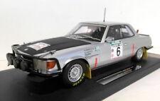 Véhicules miniatures noirs AUTOart pour Mercedes