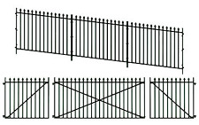 Peco LK-742 GWR Spear Fencing (Ramp Panels, Gates & Posts) O Gauge