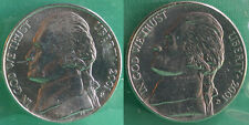 2001 P and D Jefferson Nickels 2 Coin UNC Cello from US Mint Set Five-Cent Coins
