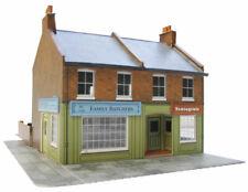 SUPERQUICK Red Brick Corner Shops Cardboard Model Kit (SQC7)