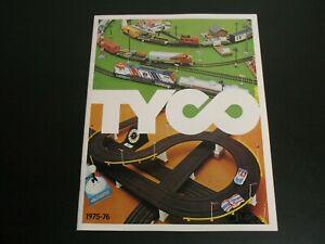 TYCO 1975-1976 CATALOG 32 PAGES EXCELLENT MODEL RAILROAD  RACEWAYS CARS