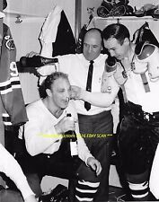 BOBBY HULL Gets Champagne Shower by Coach Reay 8x10 Photo CHICAGO BLACKHAWKS HOF
