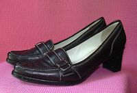 Calvin Klein Black Leather Pumps Womens sz 6.5 Robbi Buckle Shoes Top Stitching