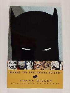 Batman: The Dark Knight Returns - Graphic Novel - TPB - Frank Miller - DC