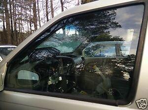2001-2003 INFINITI QX4 DRIVER LEFT FRONT GLASS WINDOW OEM