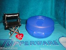 TUPPERWARE BLUE  ROUND SANDWICH / SALAD / BAGEL KEEPER CONTAINER # 4440