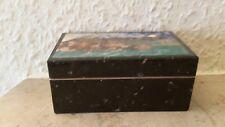 Schatulle aus Stein.5,2 x 4 x 8,8 cm