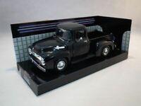 Motormax 1/24 ,Ford F-100 Pickup Black 1955. Metal Model Car