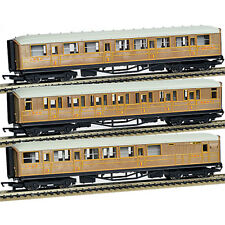 HORNBY 3 X Coaches LNER  R1183