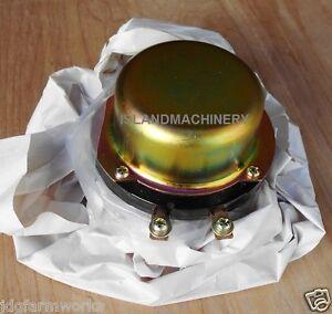 4255762 HITACHI  BATTERY RELAY 24V EX120-5 EX150LC-5 EX160LC-5 EX300-3 EX300-5