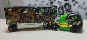 2013 Mattel Speed Fleet Hotwheels Tractor Trailer Toy, Green, Brown, & Black
