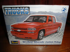 1/25 1999 CHEVY Silverado custom Pickup Truck by Revell SEALED!! NICE!