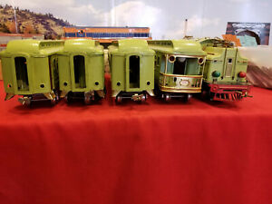 LIONEL 408E ENGINE WITH 418,419,431 AND 490 APPLE GREEN PASS. SET VERY GOOD COND