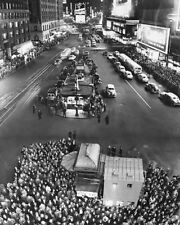 1949 ELECTIONS TIMES SQUARE NEW YORK CITY 11x14 SILVER HALIDE PHOTO PRINT
