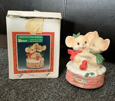 Christmas Hugs Musical Holiday Mice Mouse Hol Catw With Orig Box