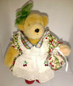 MUFFY VanderBear in Picnic Outfit ~ #4331~ Excellent Condition ~ No Tags