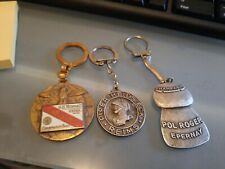 Vintage lot of 3 doors key champagne pol roger and other