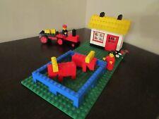 Vintage (1981) LEGO Town Farm House from Basic Universal set 566 - RARE