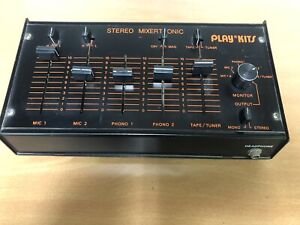 Mixer stereo analogico 3 canali + 2 microfono