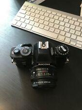 Ricoh KR-10 super, analog, mit 50 mm Festbrennweite Rikenon 1:1.7
