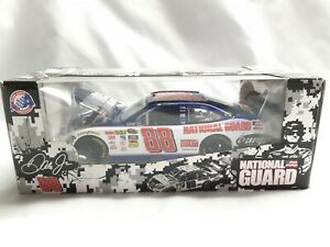 1:24 SCALE STOCK CAR LIMITED EDITION - 2010 DALE EARNHARDT JR. #88