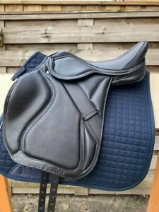 CHP Eventing saddle    18 inch medium
