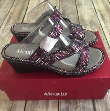ee1777309 Alegria Slip On Med (1 in. to 2 3 4 in.) Sandals for Women
