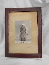 antiker Bilderrahmen mit Bild eines feinen Herrn 1922