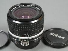 Nikkor 3,5/28 ai 28mm 1:3,5 28 mm f/3, 5 bon et entièrement funktionsf. état!
