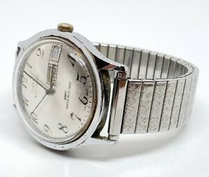 Vintage Timex Men 1970's Automatic Mechanical Day & Date Calendar Wrist Watch