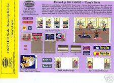 SMALL TOWN - HO - 16002 Dress-up Art Sheet