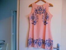 jolie robe tunique 38 / 40 longueur 85 CM  porté qu une fois /polyester