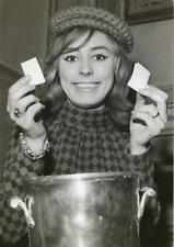 Georgette Lemaire, tirage de la Coupe de France de Basket, 1967 Vintage silver p