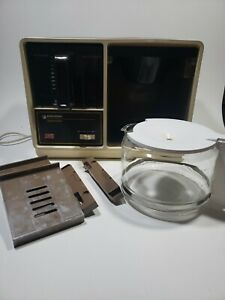 Vintage Black & Decker Spacemaker Under-Cabinet 12 Cup Coffee Maker
